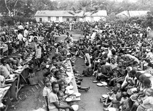 Biafra - Cartitas feeding center(1968-1970)